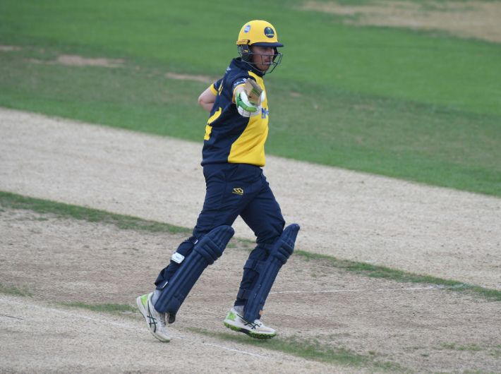Glamorgan unchanged for local rivals Somerset