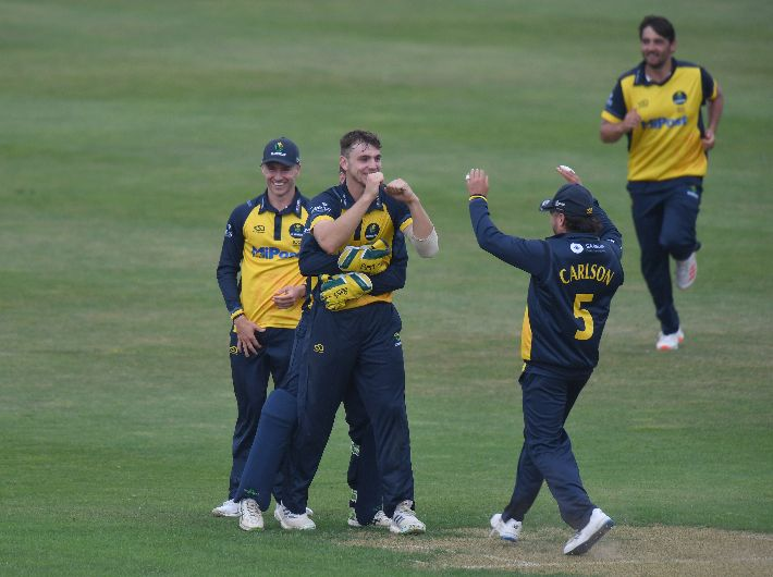 One-change to 13-man squad for Surrey match