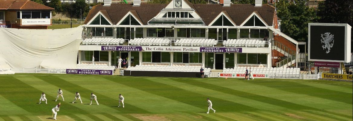 Glamorgan lose by eight wickets at Taunton